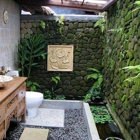 Nhà tắm xanh mát hơn nhờ không gian thiên nhiên sống động